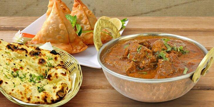 Ochutnejte tradiční indická jídla: čtyřchodové menu pro dva v Tikka Masala