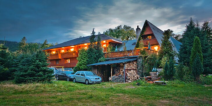 Turistika v CHKO Beskydy: ubytování v kolibě včetně polopenze a wellness