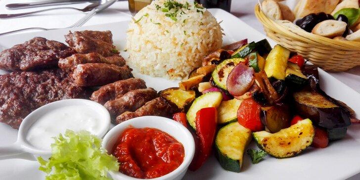 Balkán na talíři - pleskavice, čevabčiči a grilovaná zelenina pro 2 gurmety