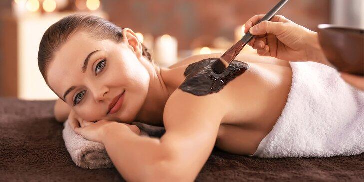 Čokoládové opojení: luxusní masáž zad olejem a zábal ze 100% čokolády
