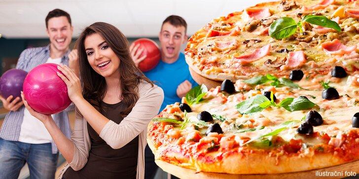 Bavte se s partou: hodina bowlingu pro 6 osob a dvě libovolné pizzy k tomu