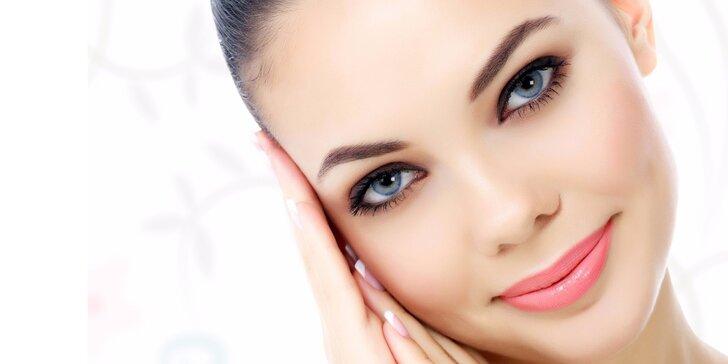 Krásná za všech okolností: Permanentní make-up rtů, očních linek nebo obočí