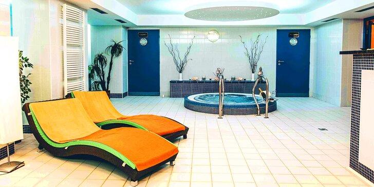 Aktivní relax blízko Adršpachu: pobyt pro 2 s polopenzí a wellness
