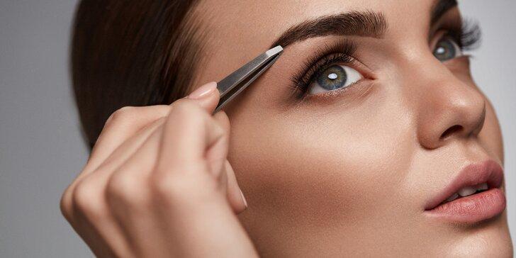 Kosmetický balíček - Barvení obočí a řas + úprava obočí