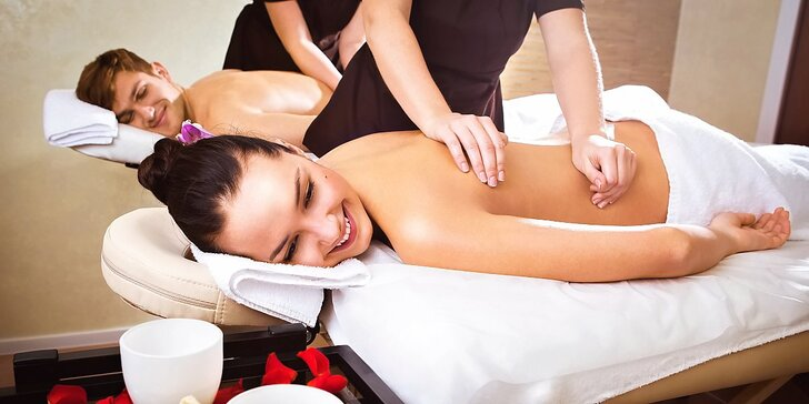 Chvilka společného odpočinku: 60minutová párová masáž dle výběru
