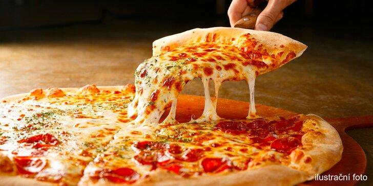 Nedejte hladu šanci: 1 nebo 2 pizzy s sebou z bistra na Andělu