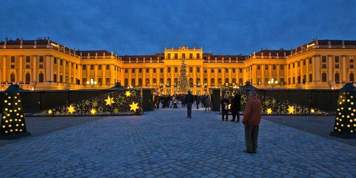 Zažijte malebný advent na zámku Schönbrunn a v soutěsce Johannesbachklamm