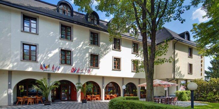 Podzim nebo zima v Praze: hotel se snídaní v klidné části + dítě zdarma