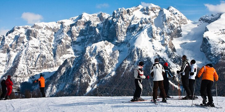 Prosinec v Madonna di Campiglio: doprava, skipas a krásný hotel s polopenzí