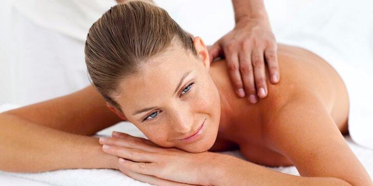 70minutová celková relaxační masáž pro uvolnění