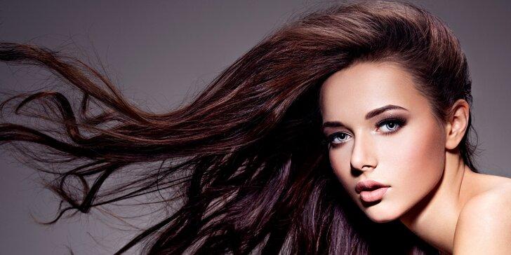Dámský střih pro všechny délky vlasů v salonu na Vinohradech