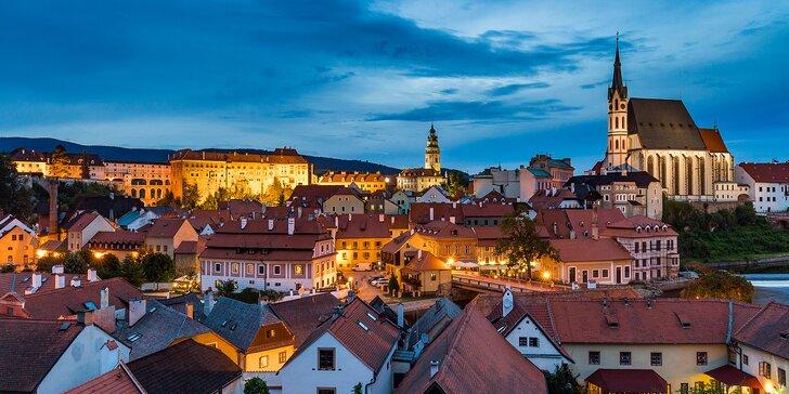 Romance pro dva v Českém Krumlově - ubytování, lahev vína a snídaně