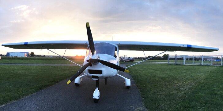 Pilotem ultralightu na zkoušku: proleťte se nad Berounskem či Křivoklátskem