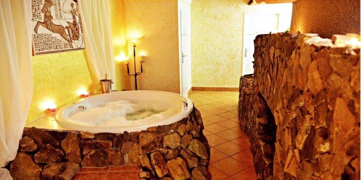 Relax pro dva: Privátní vířivka a vstup do bazénu či sauny