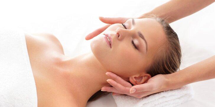 Kosmetické ošetření s harmonizační a očistnou masáží a akupresurou v obličeji