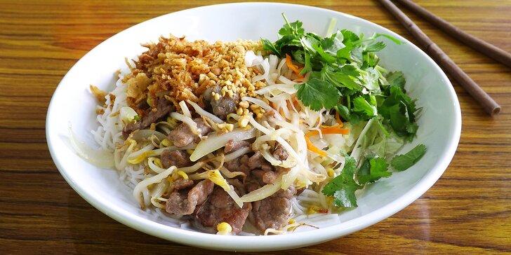 Bún bò Nam Bô, Phở Bo, Pho Ga: slabiky štěstí v rodinném vietnamském bistru