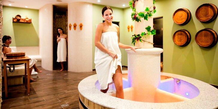 Wellness procedura pro ženy - lifting, masáž a balíček vinné kosmetiky