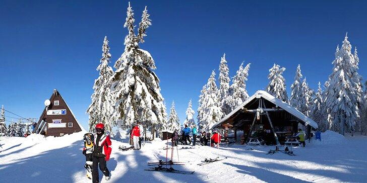 Tři dny pod Čertovou horou v Harrachově: polopenze, lyžování i bezva výlety