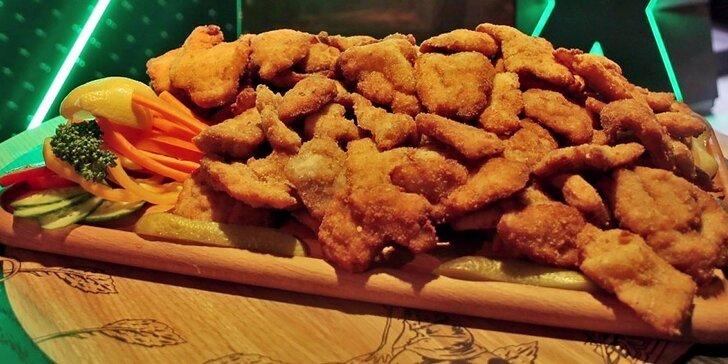 Fošna kuřecích a vepřových řízečků: až 3 kg masa pro celou partu
