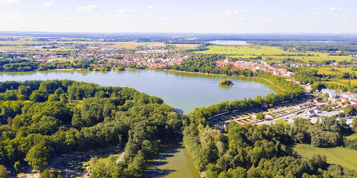 Objevte krásy jižních Čech: podzimní Třeboň, stravování i možnost masáže