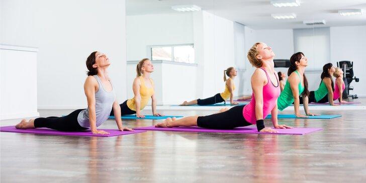 Staňte se silnými jogínkami: čtyři vstupy na lekce jógy dle výběru
