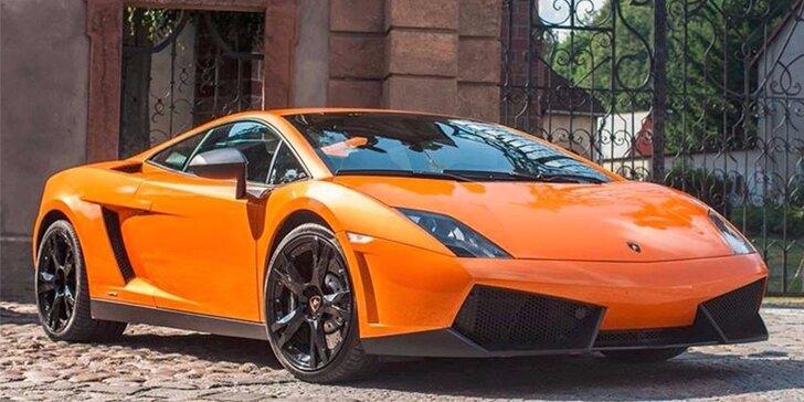 15 minutová jízda snů v supersportech Ferrari, Lamborghini nebo Porsche