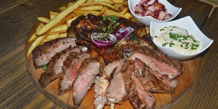 1 kg hovězí hostiny: steaky, žebra, domácí hranolky, dip a salátek pro 2 - 4 jedlíky