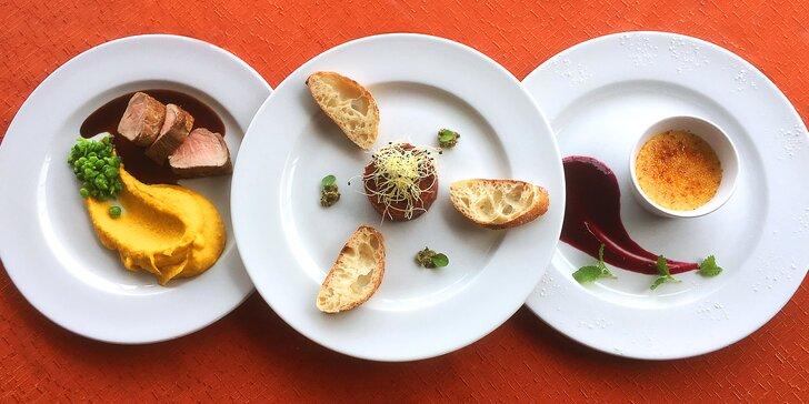 Potěšení o 3 chodech: Moderní degustační menu v restaurantu Lions