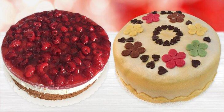 Teď je čas na sladké: čokoládové, vanilkové i ovocné dorty s průměrem 24 cm