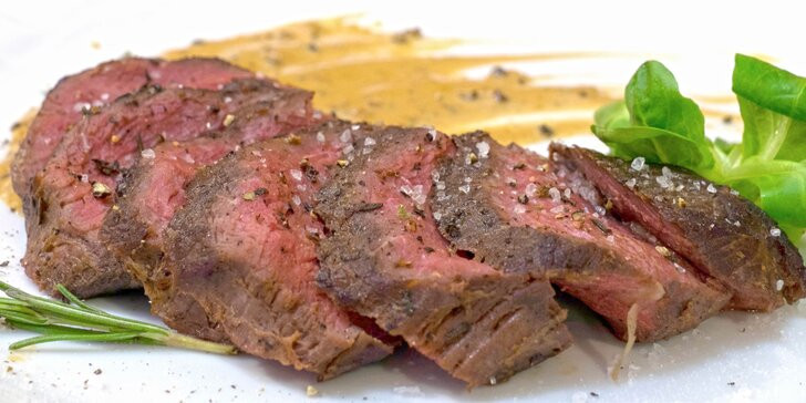 2× 200 g prémiových hovězích steaků: chuck tender s omáčkou dle výběru