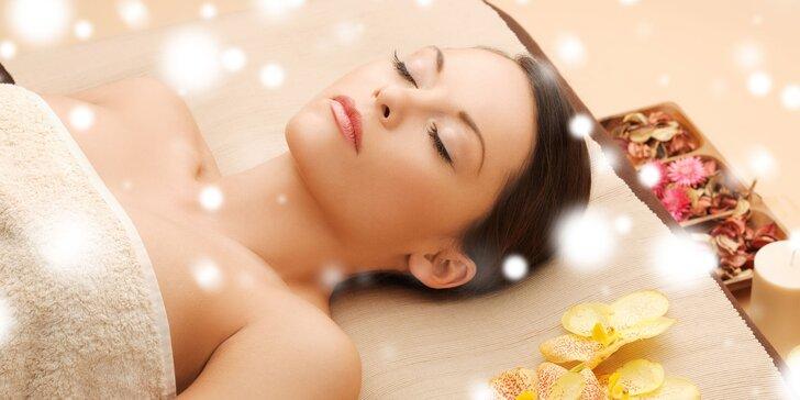 Parádní relax s medovou, aromaterapeutickou nebo thajskou masáží