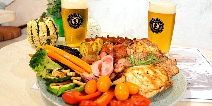 Siesta u Václaváku: talíř plný grilovaných dobrot a pití pro 1 nebo 2 osoby