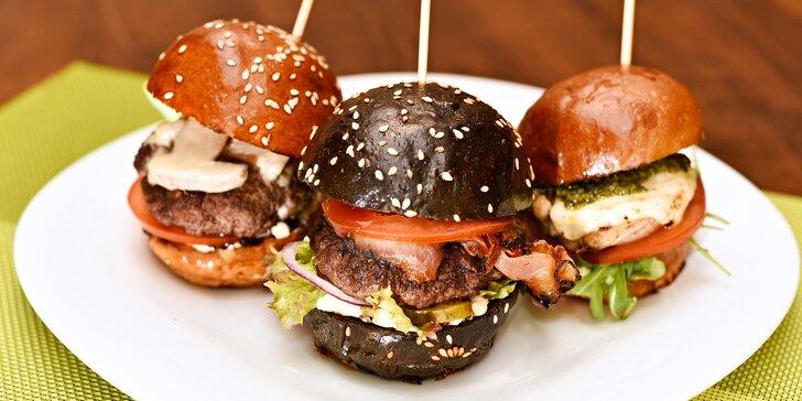 3x miniburger kousek od Šárky: černý, kuřecí a houbový i s hranolky