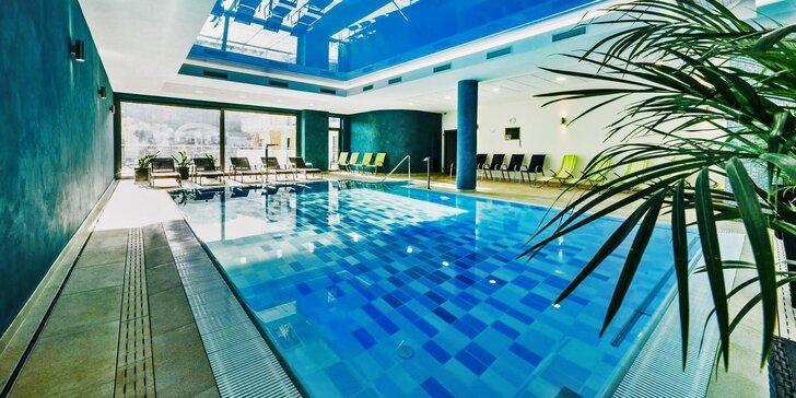 Božský wellness pobyt s polopenzí: saunový svět, bazén, jacuzzi a další relax