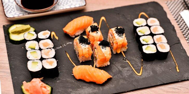 Sushi sety s 22 nebo 30 kousky: maki, nigiri a tokyo roll s kaviárem