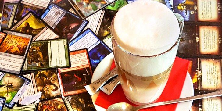 Herní odpoledne v Geekárně: 2 nebo 4 horké nápoje a půjčení deskovky