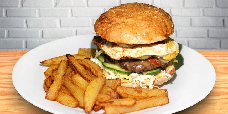 Zažeňte hlad: 2 napěchované hovězí burgery Elektra s porcí hranolků