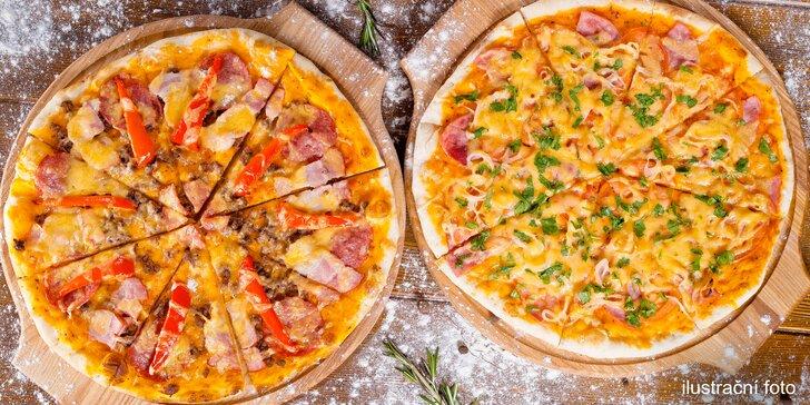 Najezte se po italsku: dvě pizzy zdobené vašimi oblíbenými ingrediencemi