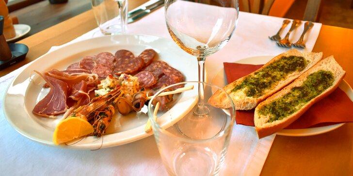 Všechny chutě Španělska: tapas, sýry, hovězí steak či kachní prso a dezert pro 2