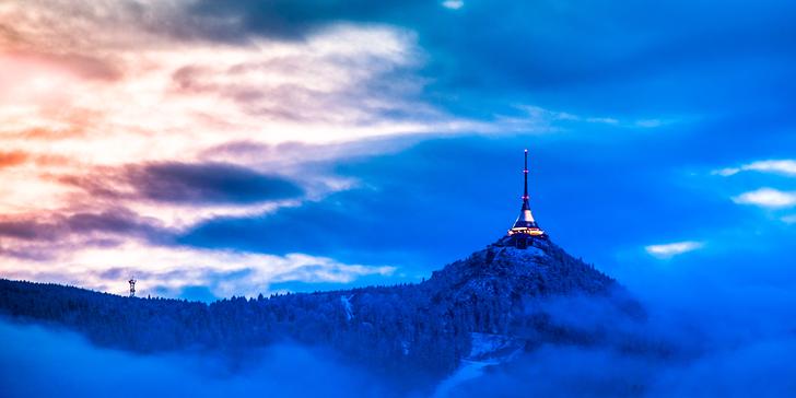 Zimní krása Ještědu: ubytování v útulném penzionu s polopenzí pro dva