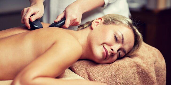 60minutová uvolňující masáž zad a šíje lávovými kameny