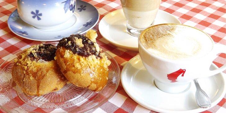 Dýchánek ve vyhlášené klánovické restauraci: káva a dezert pro 1 nebo 2 osoby