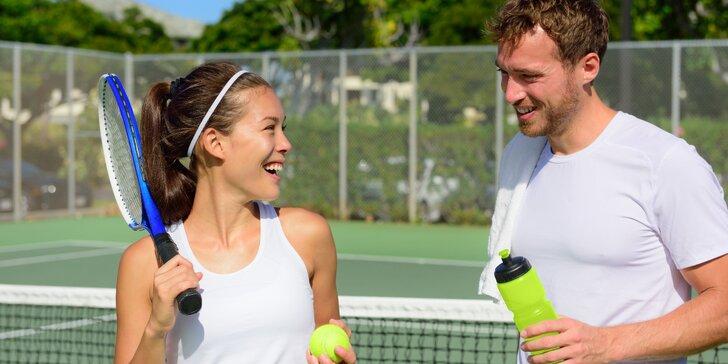 Natrénujte tenis se zkušeným trenérem v Tenisovém centru Chodov