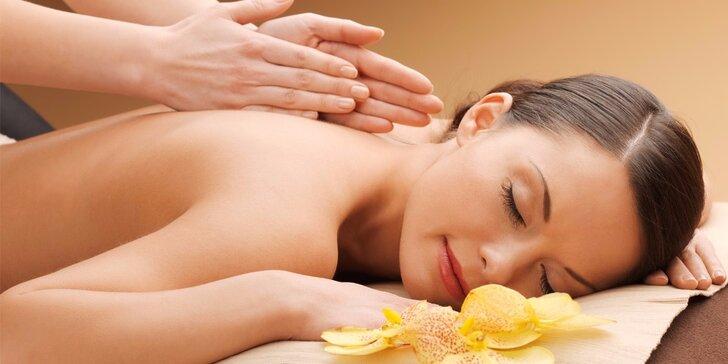 90minutová celotělová uvolňující masáž včetně masáže hlavy