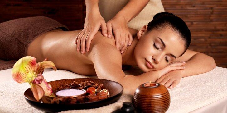 Antidepresivní aroma-masáž zad v délce 50 minut včetně fototerapie