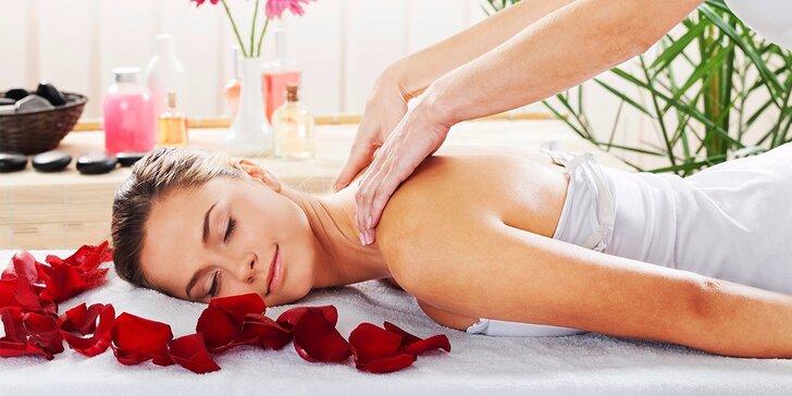 Luxusní růžová aroma-terapeutická masáž zad v délce 50 minut