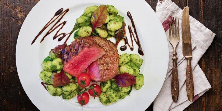 Šťavnaté steak menu pro 2 osoby: hovězí rib eye a kuřecí supreme