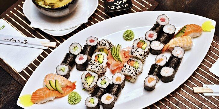 Japonsko na talíři: set se 44 sushi rolkami a 2 miso shiru polévky