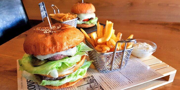 Burgery inspirované filmem Pulp Fiction: Čtvrtlibrák nebo Le Bic Mac