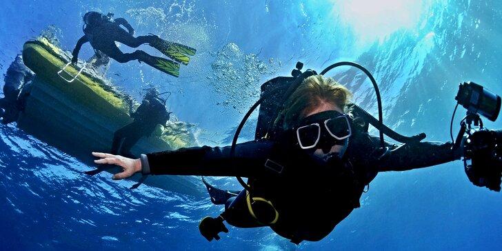 První krok do hlubin: Ponor na zkoušku nebo základní kurz potápění